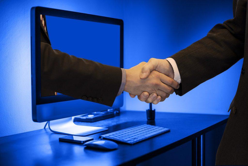 handshake in monitors